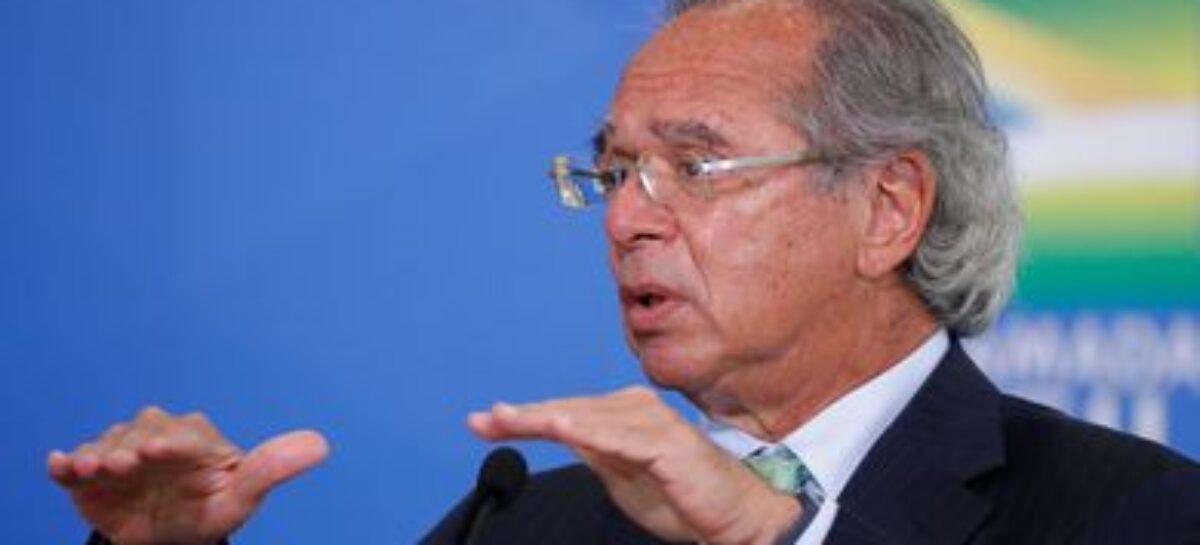 "Guedes diz que Senado deu ""péssimo sinal"" ao derrubar veto a reajustes"