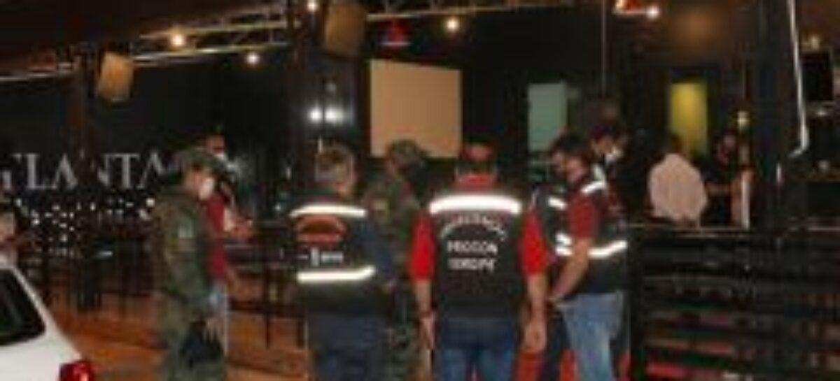 Governo acompanha reabertura de bares e restaurantes na Orla de Atalaia