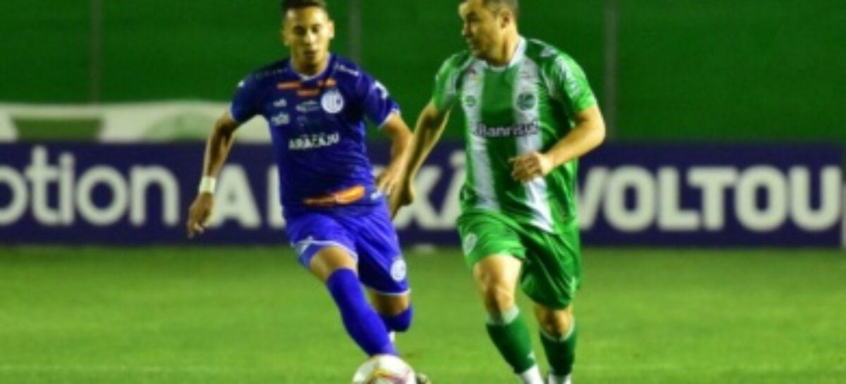 De virada, Confiança perde para o Juventude na 9ª rodada da Série B