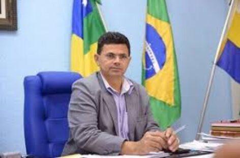 Prefeito de Itabaiana vai à Justiça contra disparo em massa de notícia falsa