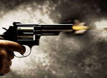 Policial penal reage a assalto em loja e atira em suspeitos