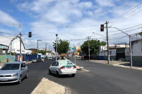 Semáforos da avenida Simeão Sobral começam a operar nesta terça, 20