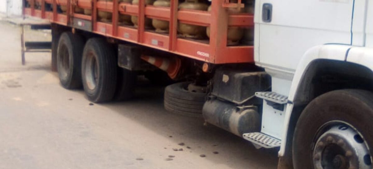 PM recupera na cidade de Lagarto caminhão roubado no interior da Bahia