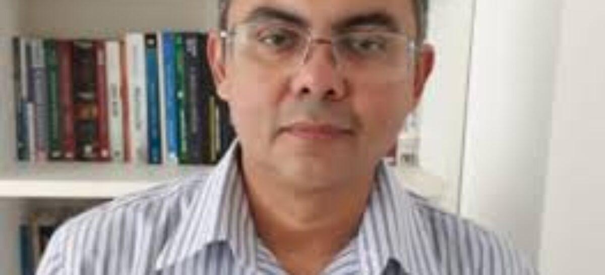 Delegado Paulo Márcio rompe com o presidente do DC e mantém candidatura em Aracaju