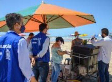 Prefeitura inicia cadastramento de ambulantes na praia da Cinelândia