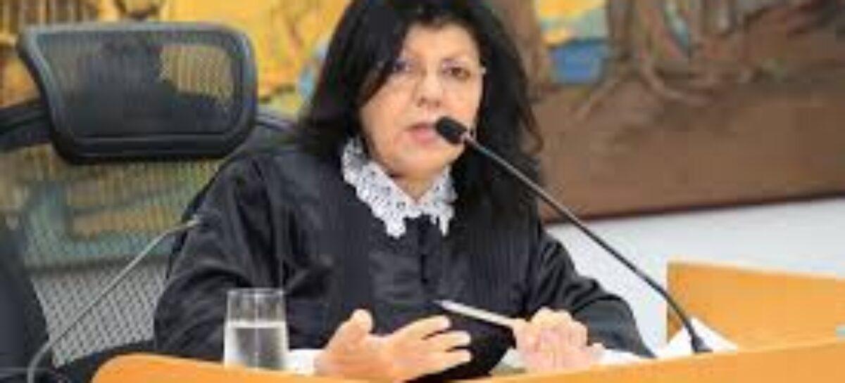 Conselheira Angélica Guimarães registra mais de mil processos julgados