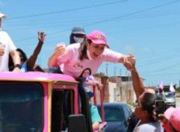 """""""Estarei constantemente avaliando a prestação dos serviços aos aracajuanos"""", afirma Danielle"""