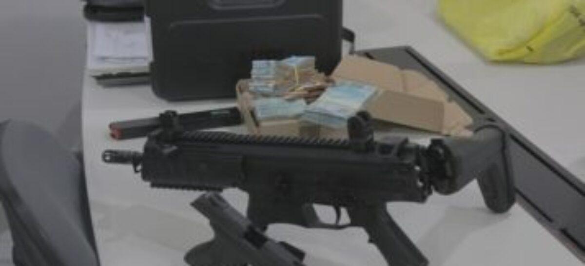 Policiais apreendem dinheiro com grupo suspeito de jogos de azar