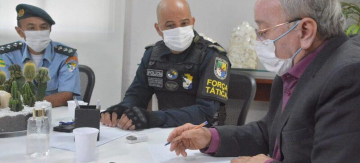 Luciano Bispo recebe visita do comandante da Polícia Militar