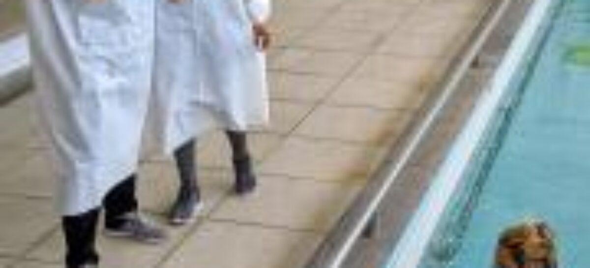 Prefeitura reforça reabilitação de pacientes com a inclusão de exercícios na piscina