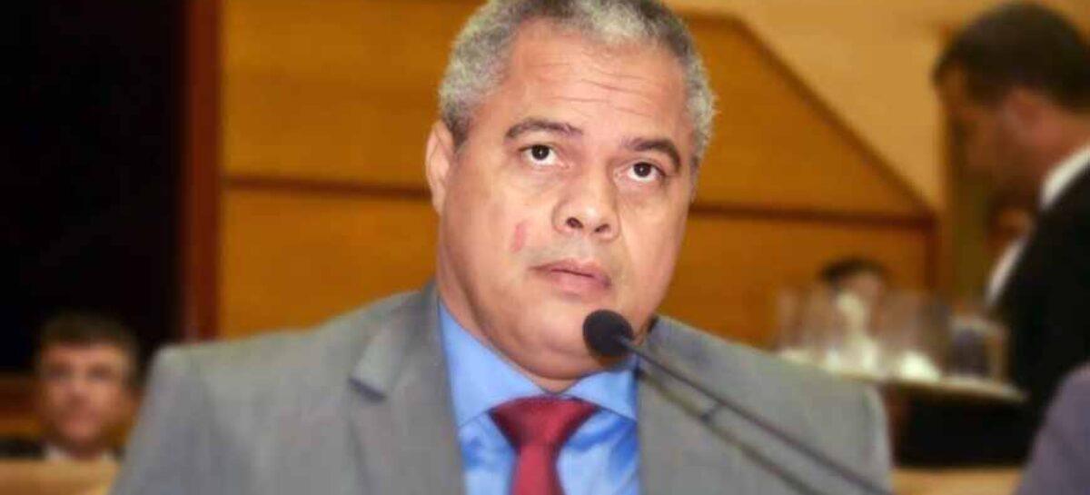 Prefeito de Socorro, padre Inaldo, diz que a oposição não aceitou a derrota