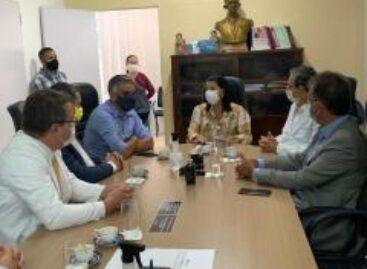 Após destinar R$ 8,8 milhões em emendas para hospital Cirurgia, Laércio visitou obras