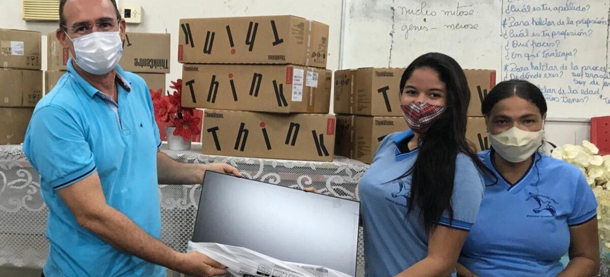Emendas de Zezinho Sobral levam inclusão digital às escolas estaduais de Laranjeiras
