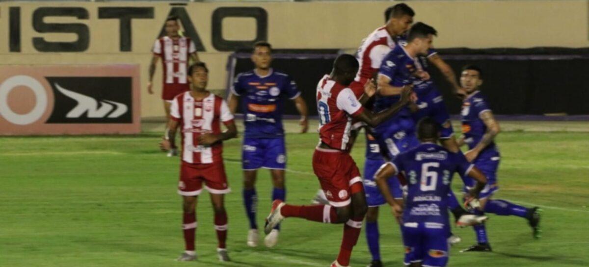 Confiança vence o Náutico por 2 a 0 na Arena Batistão na Série B