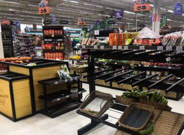 Supermercados devem melhorar práticas de responsabilidade, diz ONG
