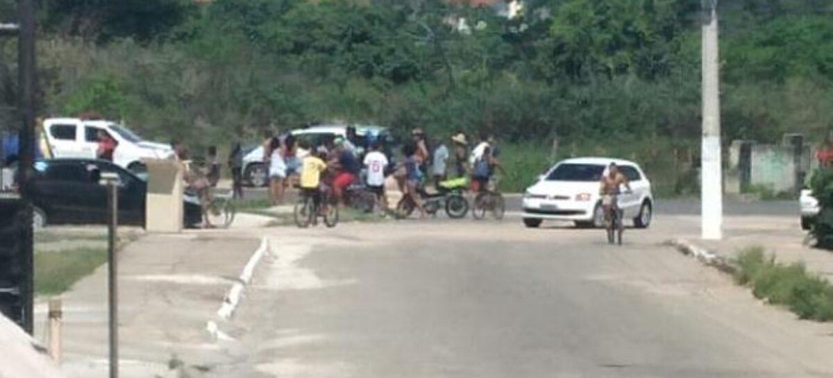 Acidente envolvendo moto e carro de passeio deixa um ferido em Aracaju