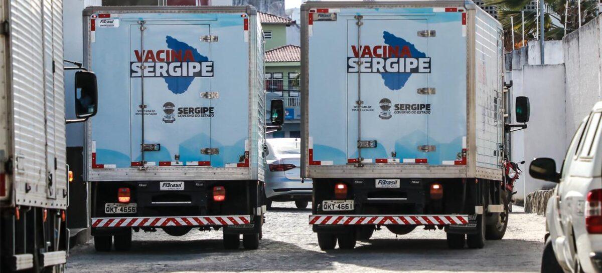 Já estão nas estradas os caminhões que transportam as vacinas contra a covid-19
