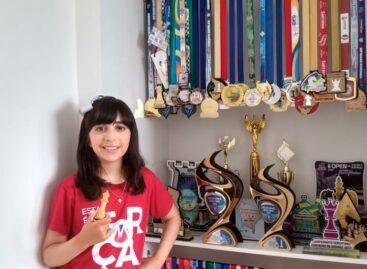 Aluna sergipana vence competição mundial de Xadrez
