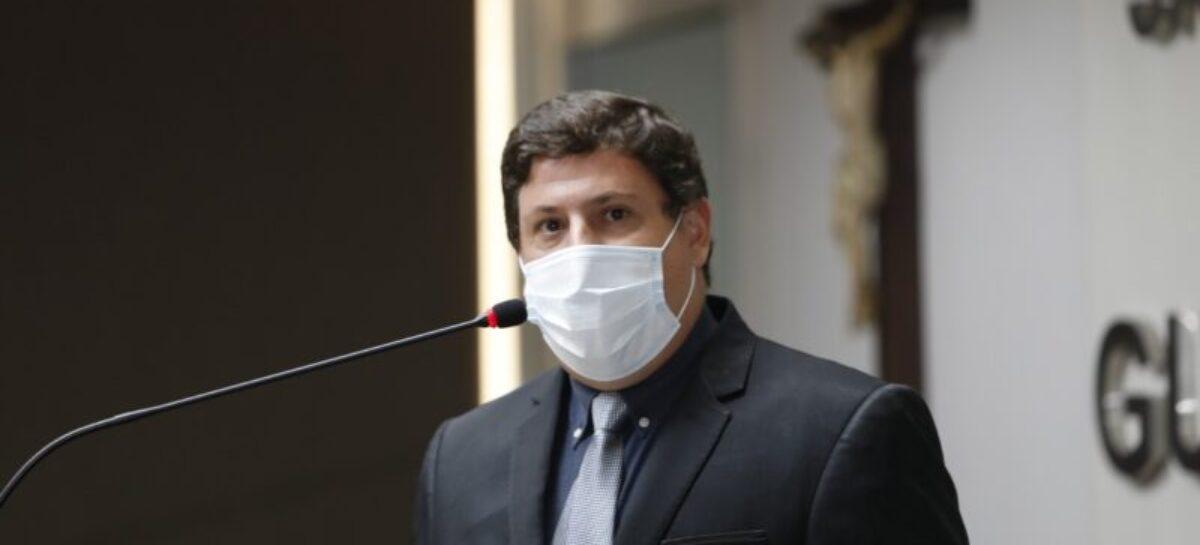 João Marcelo contesta questionamentos de outros deputados na Alese
