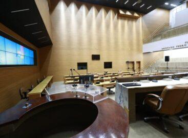 Deputado Luciano Bispo exalta retomada das sessões no plenário