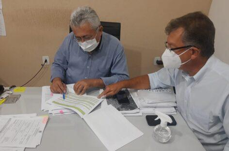 Laércio Oliveira visita prefeitos para discutir recursos de emendas parlamentares