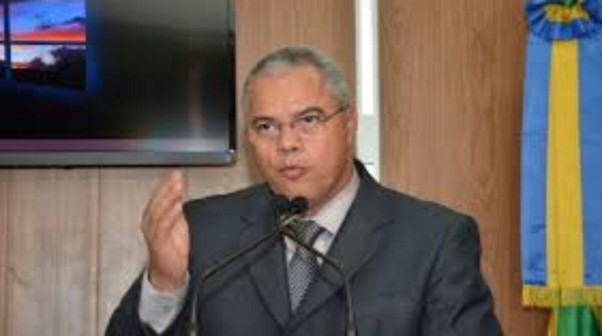 Prefeito de Socorro, Padre Inaldo, denuncia chantagem e tentativa de extorsão