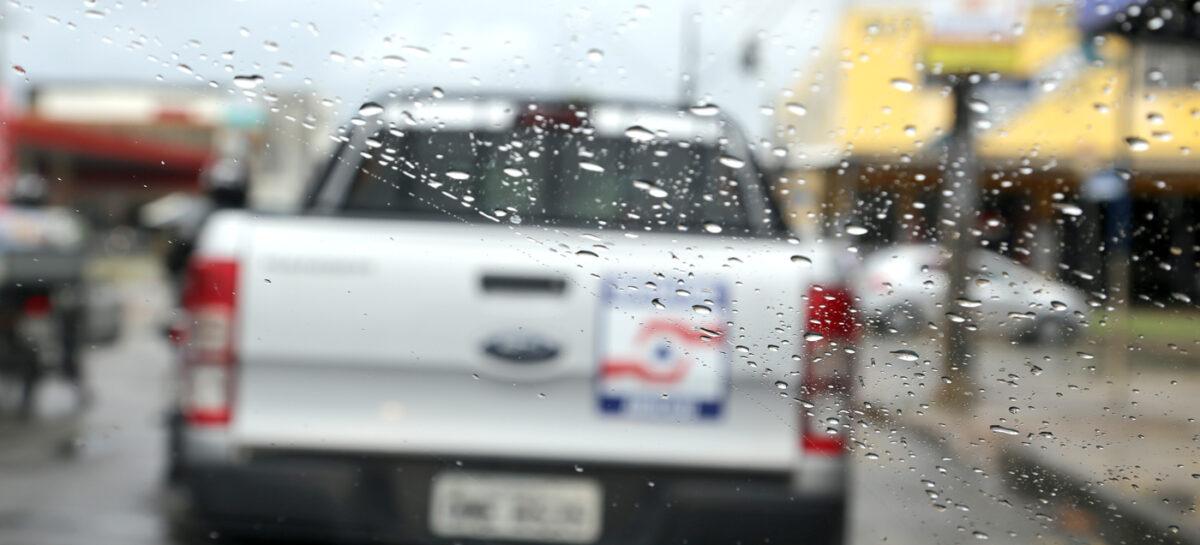 Com previsão de chuva para as próximas 48 horas, Defesa Civil de Aracaju mantém estado de alerta