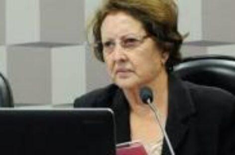 Senadora vota a favor da PEC que isenta gestores por não cumprirem limite de gastos com educação