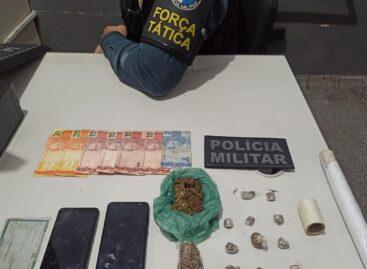 Tático prende suspeito de tráfico de drogas no Santa Maria