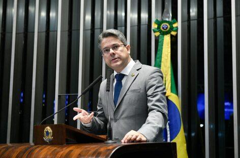 Senador Alessandro Vieira discute sobre o novo Bolsa Família com Ministro da Cidadania